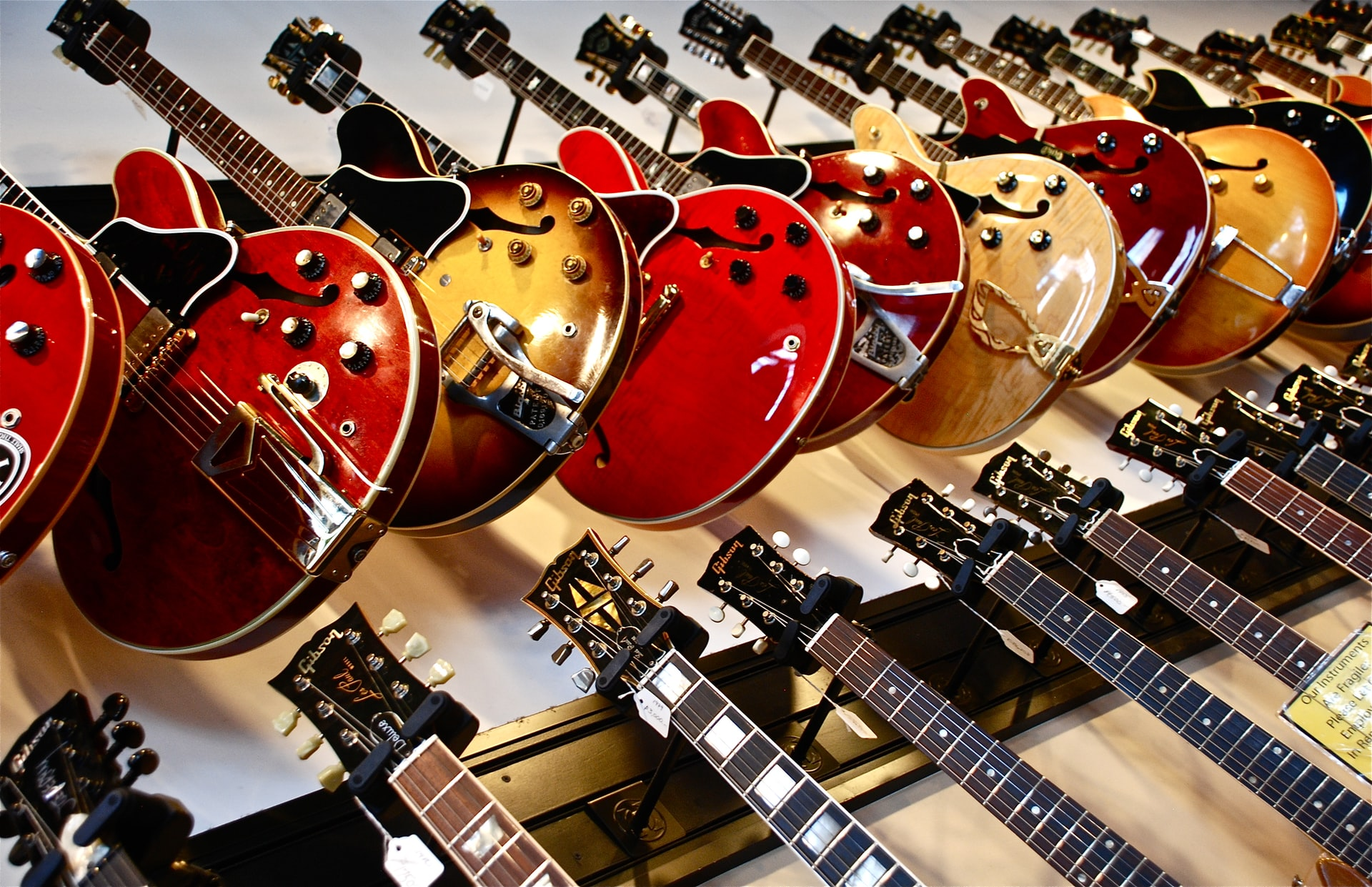 Read more about the article HARDEST INSTRUMENTS TO PLAY